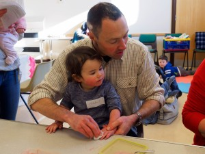 Messy Church Feb (80 of 1)-9